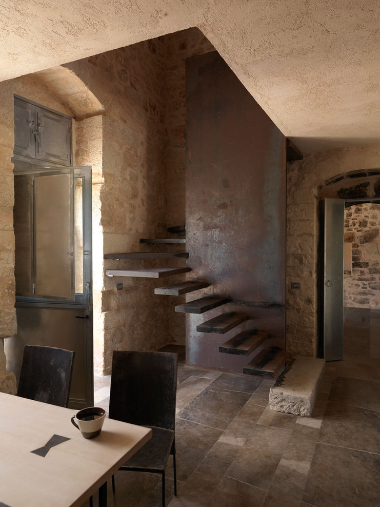 Great restoration of a historical sicilian farm decoholic for Home design restoration