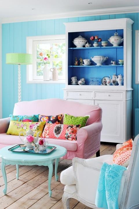 spring 36 living room