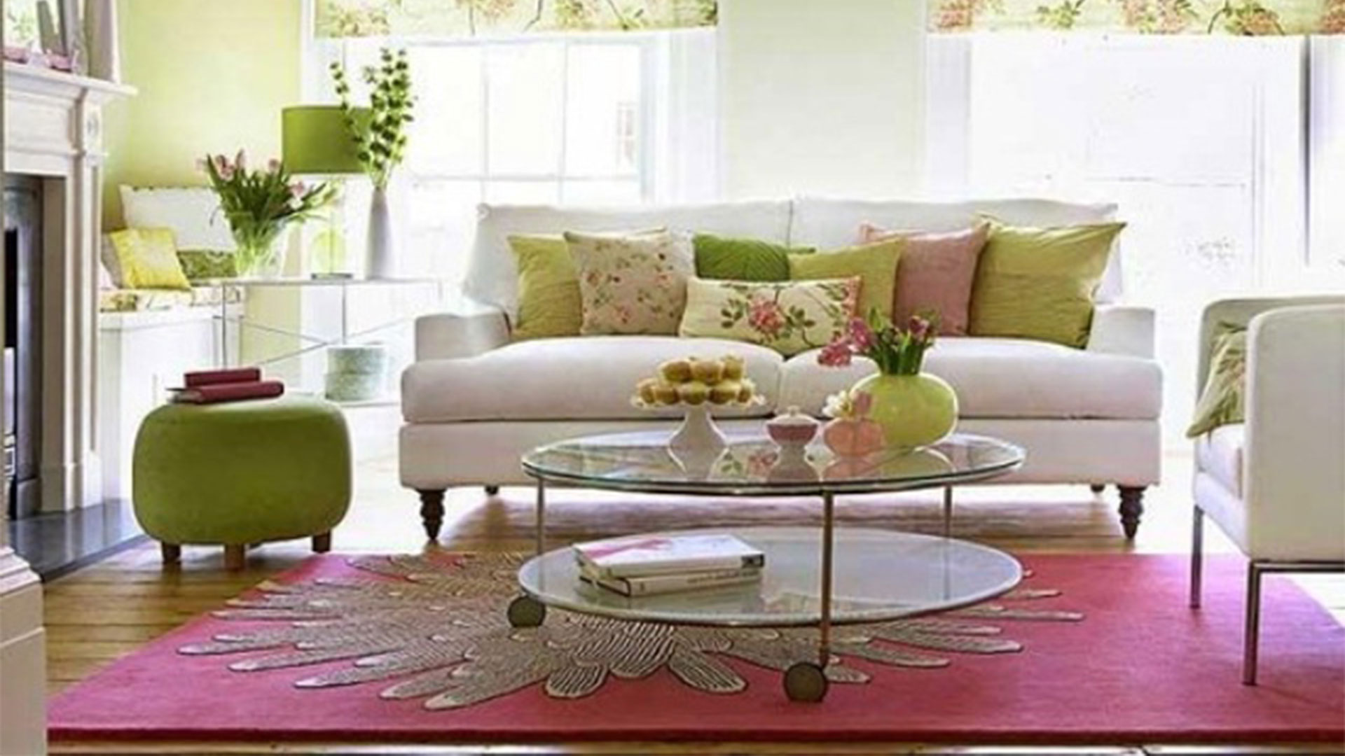 36 living room decorating ideas that smells like spring for Decorated living rooms photos