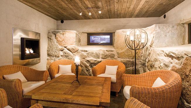 villa siberg far from ordinary decoholic