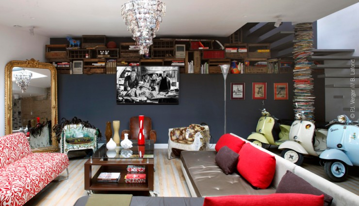 eclectic living room by Carlos Pujol