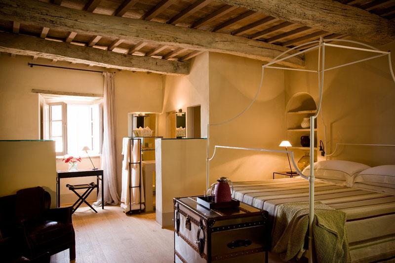 Luxurious Tuscan Interior Design 27