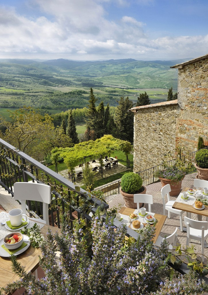 Luxurious Tuscan Interior Design 40