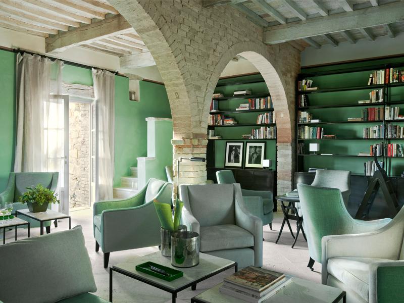 Luxurious Tuscan Interior Design 9