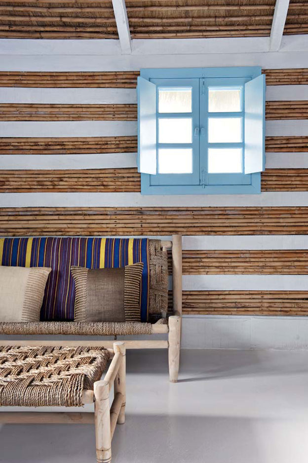 summer house decorating with reeds 4