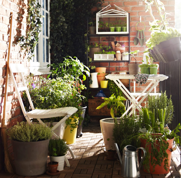 Ikea outdoor spring summer 2013 decoholic - Table balcon suspendue ikea ...