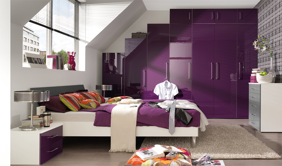 24 purple bedroom ideas decoholic for Purple bedroom designs modern