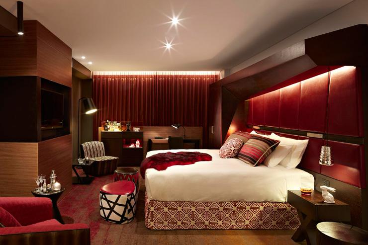 QT Sydney Designer Boutique Hotel 13