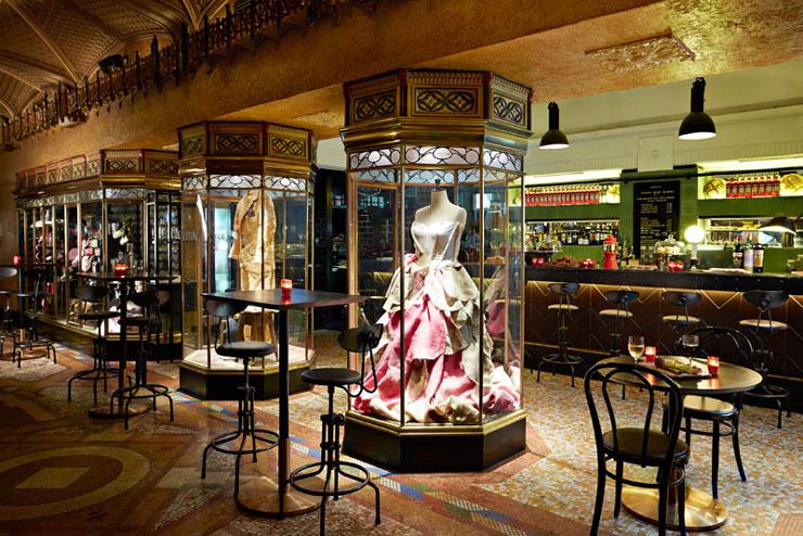 QT Sydney Designer Boutique Hotel 22