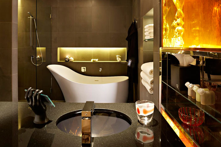 QT Sydney Designer Boutique Hotel 6