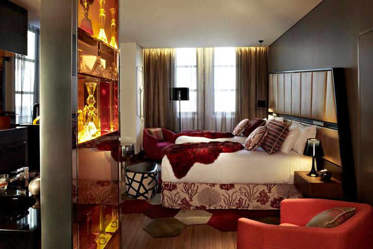 QT Sydney Designer Boutique Hotel 9