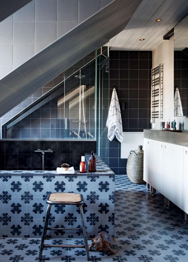 Scandinavian Attic House 3 by Johan Israelson