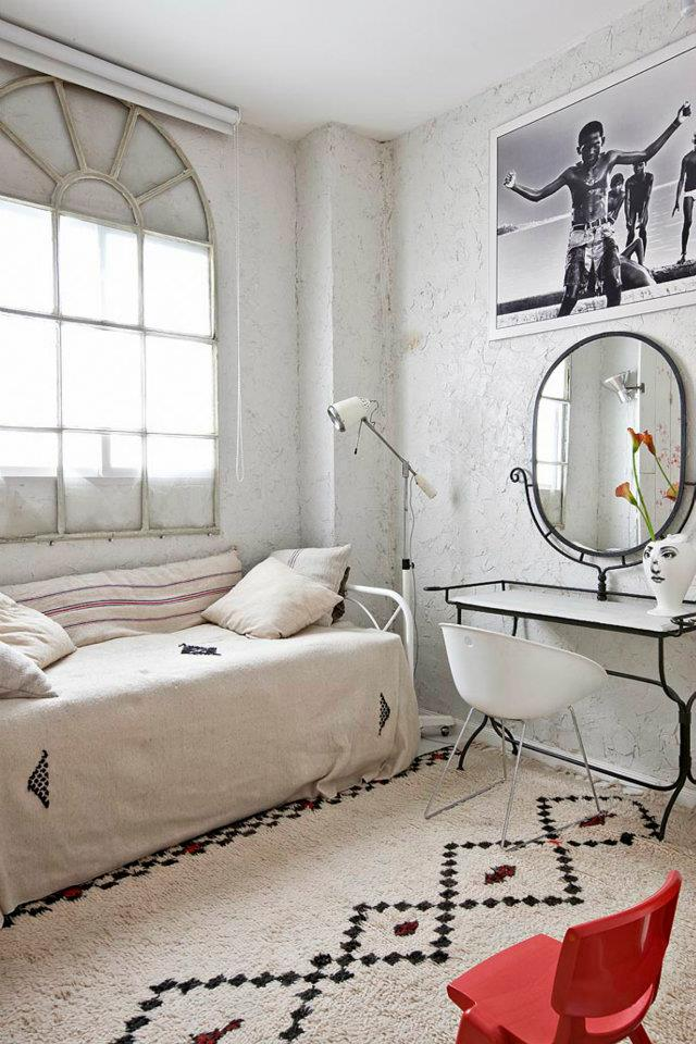 Eclectic Vintage Home interior 15