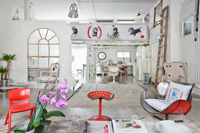 Eclectic Vintage Home interior 4