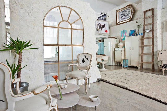 Eclectic Vintage Home interior 5