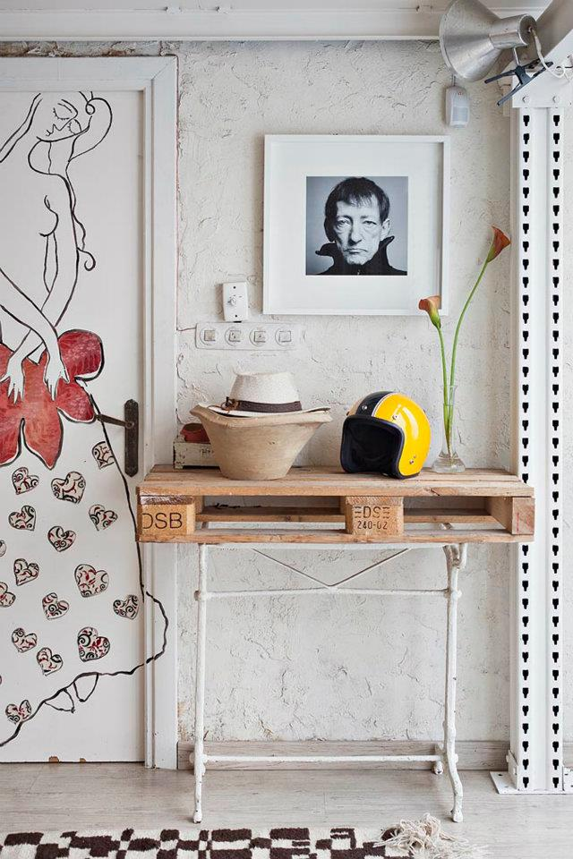 Eclectic Vintage Home interior 8