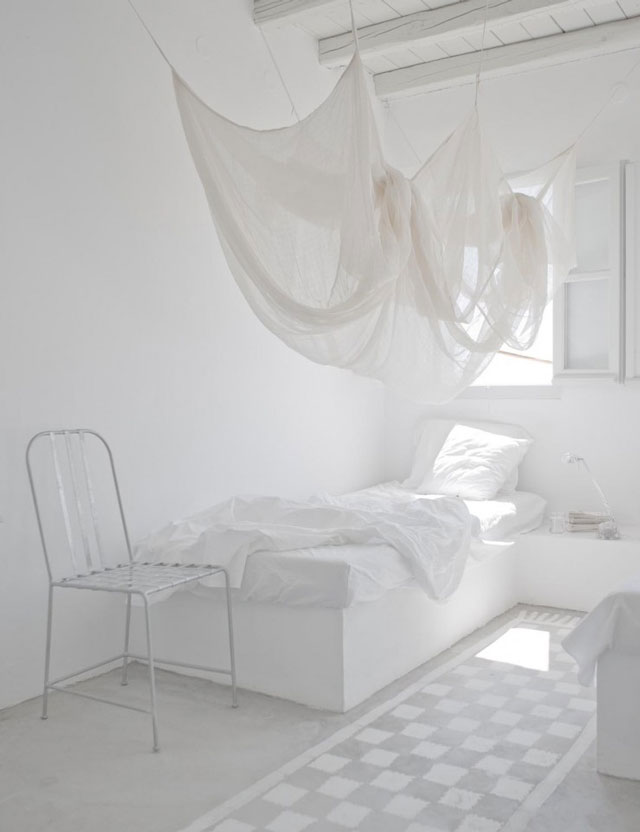 White Interior Photographed by Jérôme Galland2