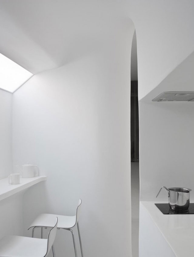 White Interior Photographed by Jérôme Galland4