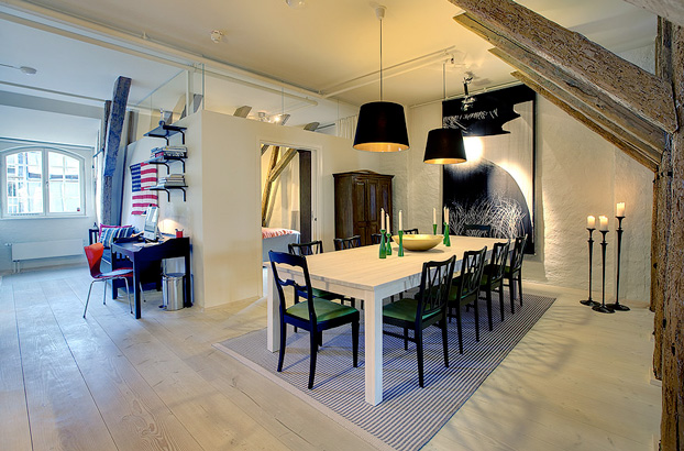 attic penthouse with beams 2