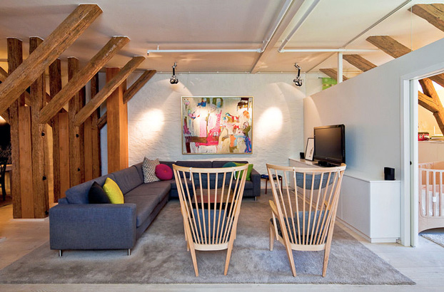 attic penthouse with beams 5