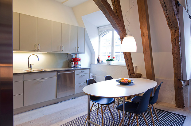 attic penthouse with beams 7
