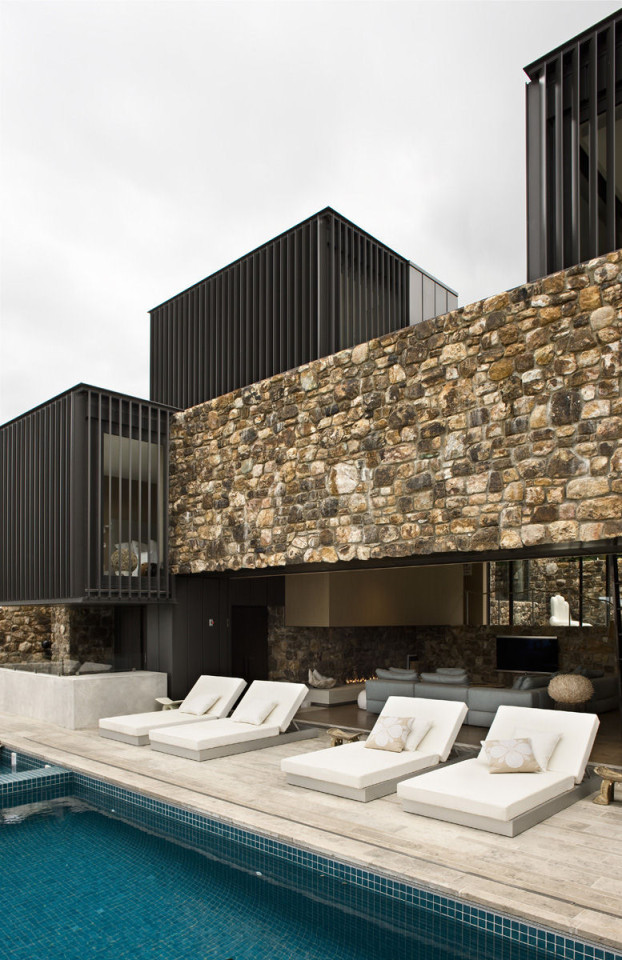 contemporay stone house 5