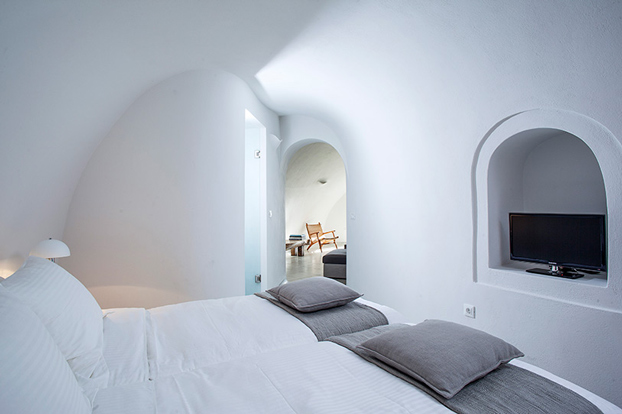 Greece native eco villa santorini 12