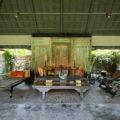 mahatma house living room