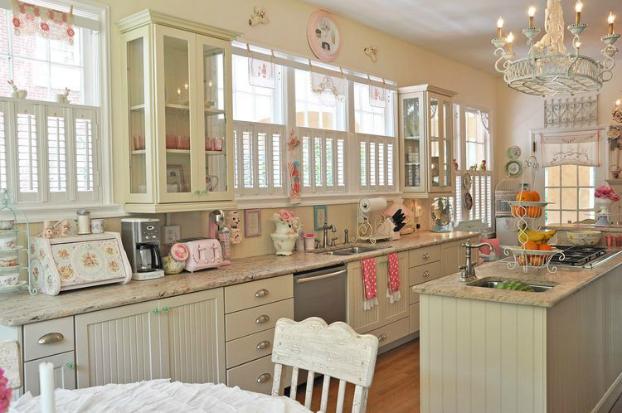 Dream Romantic Vintage Kitchen