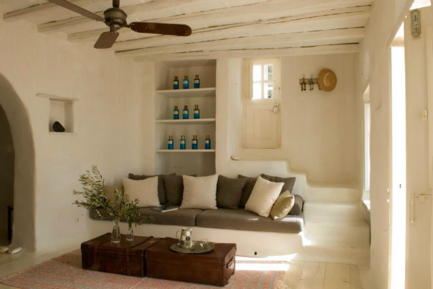 Beach houses archives page 3 of 5 decoholic for Greek interior design history