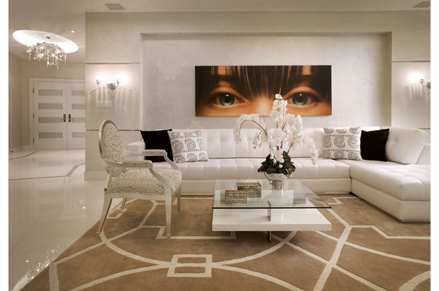 Elegant Contemporay Interior With A Cream Off White Color