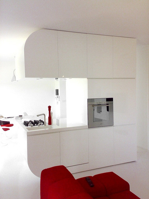 Ultra Modern White And Red Interior Decoholic