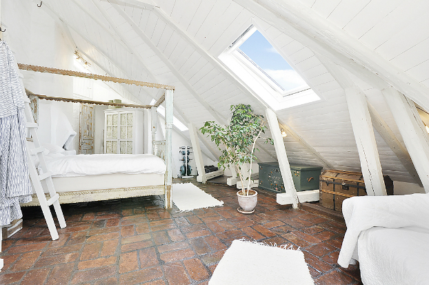 Gorgeous White Attic Penthouse 11