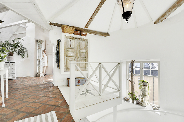 Gorgeous White Attic Penthouse 17