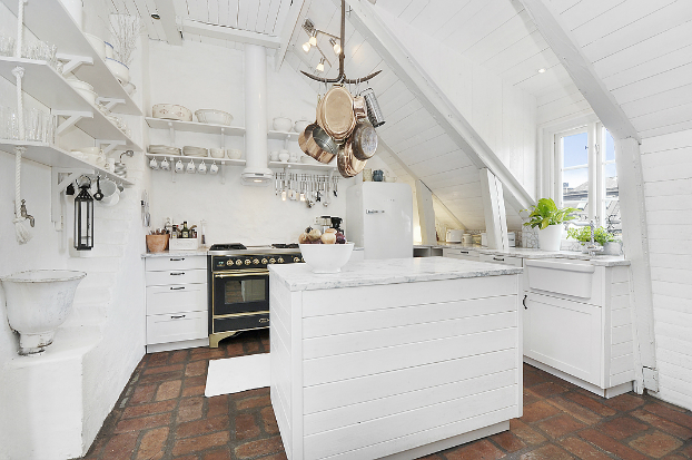 Gorgeous White Attic Penthouse 7