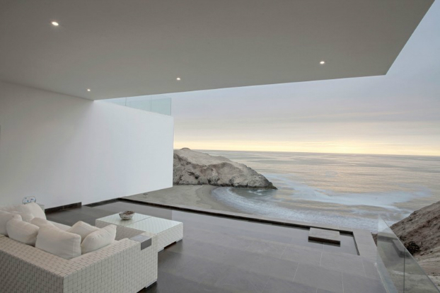 Modern Home On A Cliff With Amazing Sea View Decoholic