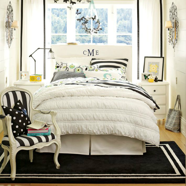 black and white bedroom style