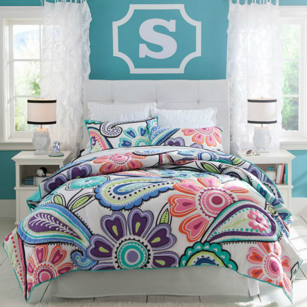 Teenage Girls Bedding Idea with a big s