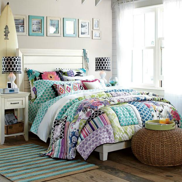 Bright Teenage Girls Bedding Idea