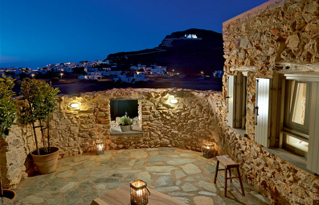 Themonies-5-Luxury-Suites-Folegandros