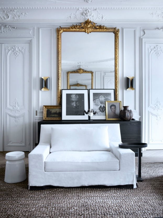 Historic Parisian Apartment with Contemporary Art 8