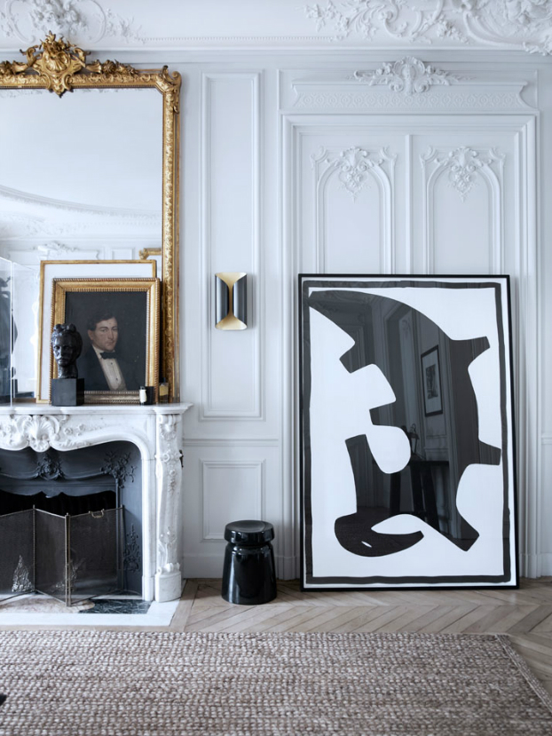 Historic Parisian Apartment with Contemporary Art 9