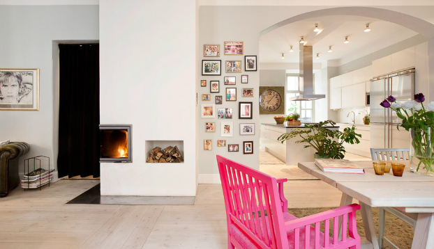 Scandinavian Interior Design With Colour Touches2