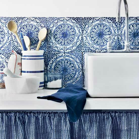 blue bold Kitchen Backsplash Idea