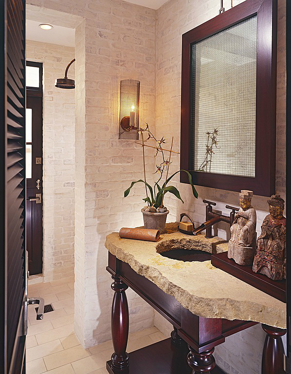 ethnic small bathroom design idea