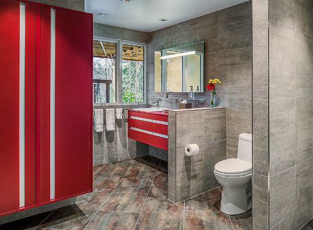 gray red small bathroom design idea