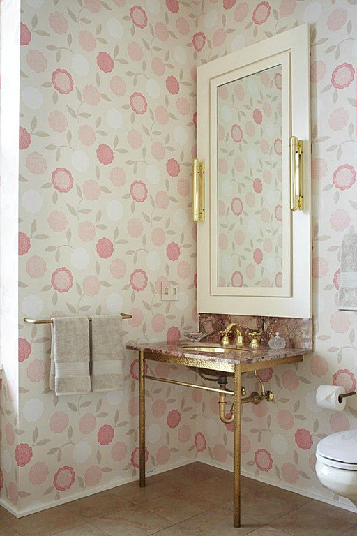 romantic feminine small bathroom design idea