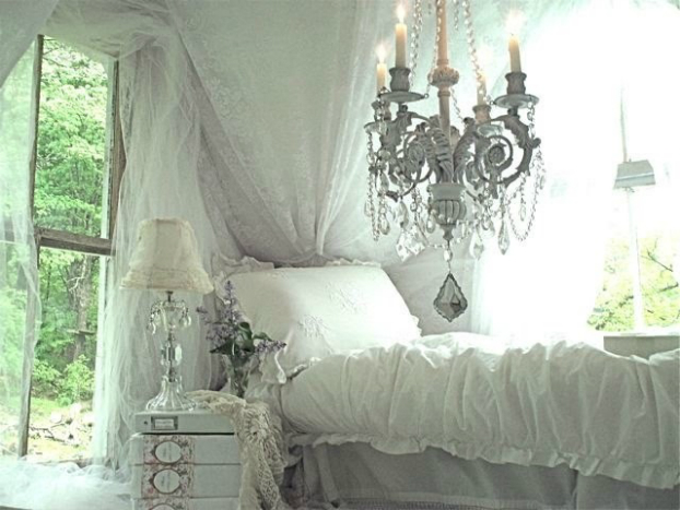 chic bedroom idea with chandelier