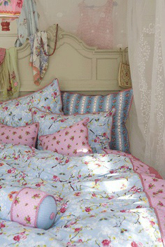 Shabby Chic Bedroom Decorating Ideas 12