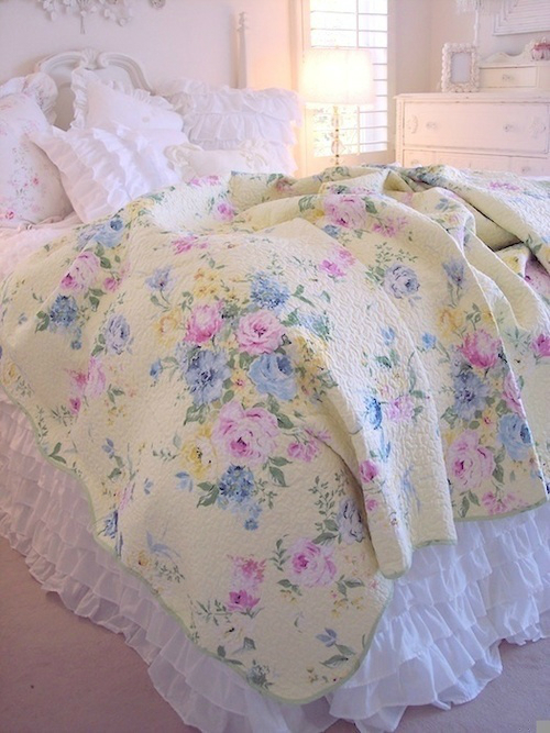 Shabby Chic Bedroom Decorating Ideas 18